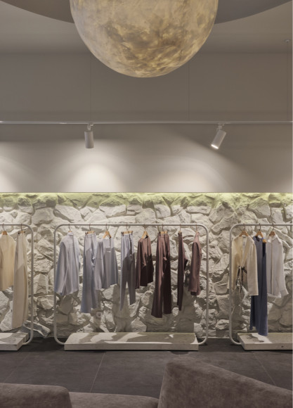 Интерьер первого магазина LaTrika в Москве