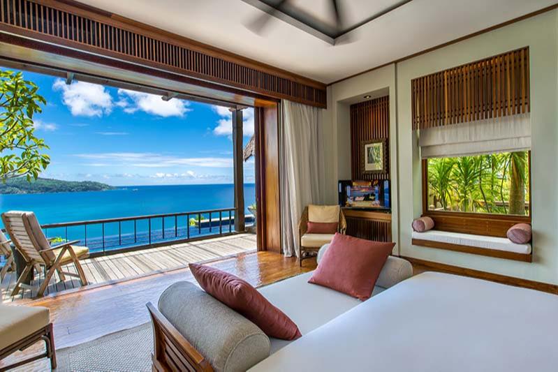 Спальня на вилле Anantara Maia Seychelles Villas