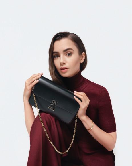 Лили Коллинз в рекламной кампании Double C de Cartier