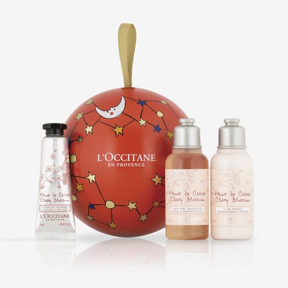 Набор для тела «Праздничный шар. Вишневый цвет», L'Occitane. Цена: 850 руб.