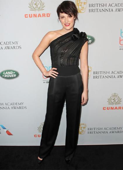 Фиби Уоллер-Бридж в комбинезоне Giorgio Armani на премии BAFTA