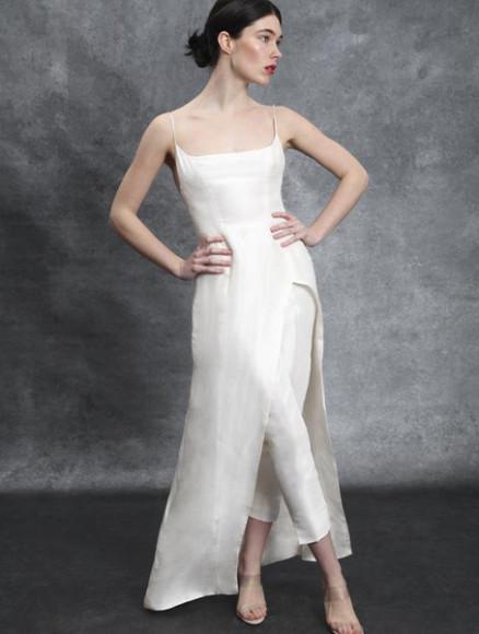 Платье и брюки Sahroo, $925 и $675 (sahroo.com)