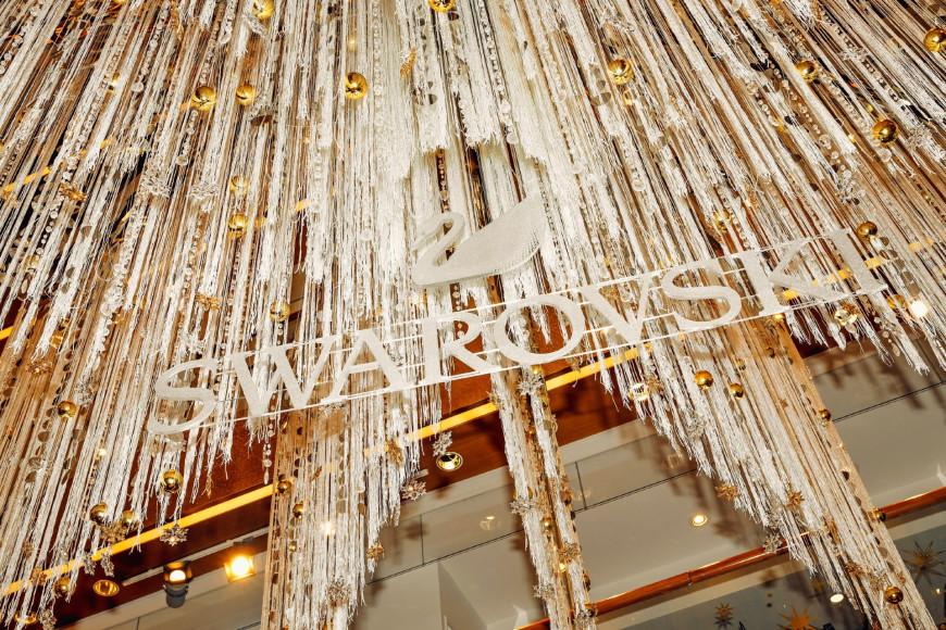 Новогодняя елка Swarovski в ЦУМе