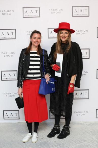 Кристина Березовская (справа), галерист K Gallery