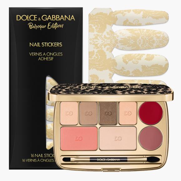 Стикеры для ногтей Baroque Gold (3000 руб.) из коллекции Sweet Holidays и палетка для макияжа Sicilian Lace (9950 руб., эксклюзивно в ЦУМе), Dolce & Gabbana Beauty