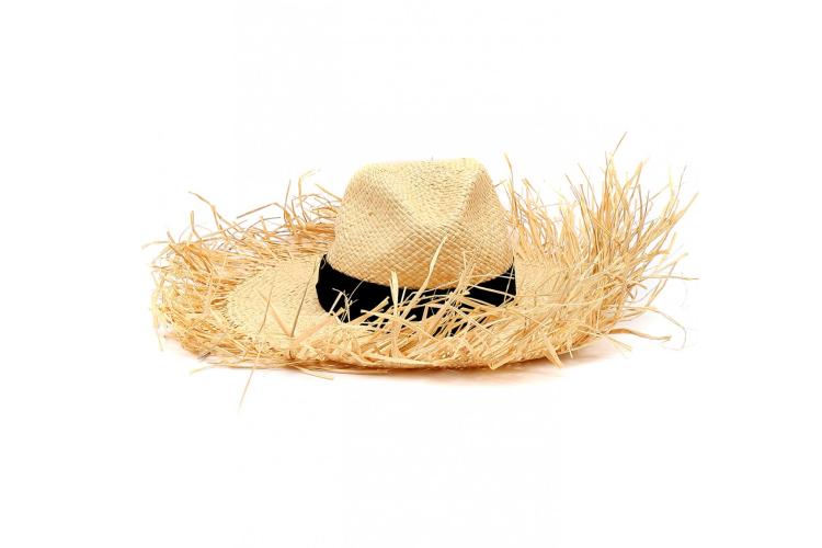 Шляпа Ermanno Scervino, 13 950 руб. (bosco.ru)