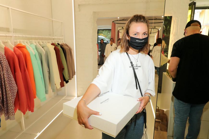 Клиенты Monochrome в магазине на Малой Никитской