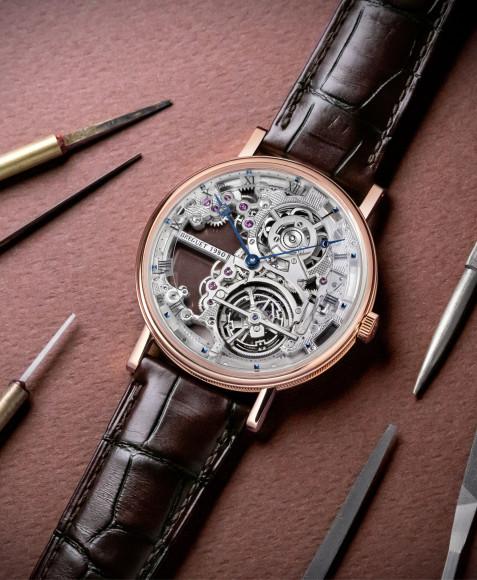 Часы Classique Tourbilllon Extra-Plat Squelette 5395, Breguet