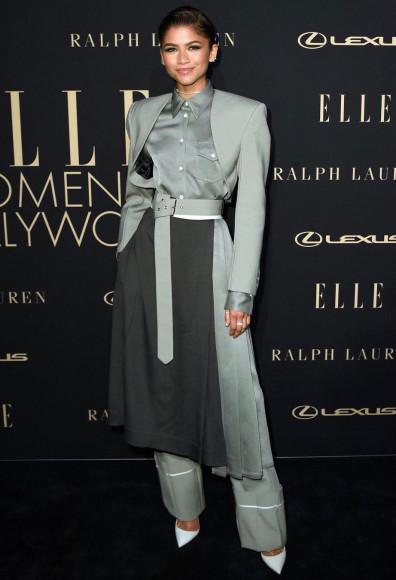 В костюме Peter Do и туфлях Christian Louboutin на церемонии Women in Hollywood, 2019