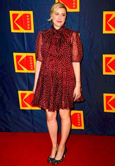 Грета Гервиг в платье Dolce & Gabbana на церемонии Annual Kodak Film Awards