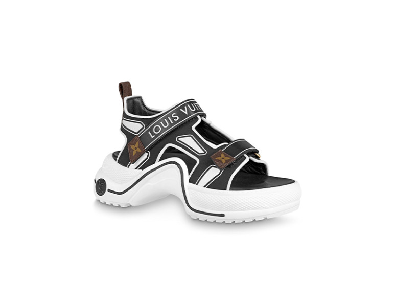 Женские сандалии Louis Vuitton, 78 500 руб. (Louis Vuitton)