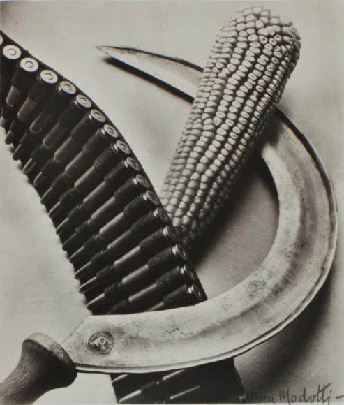 Тина Модотти. «Corn and Sickle», 1927 (Коллекция сэра Элтона Джона)