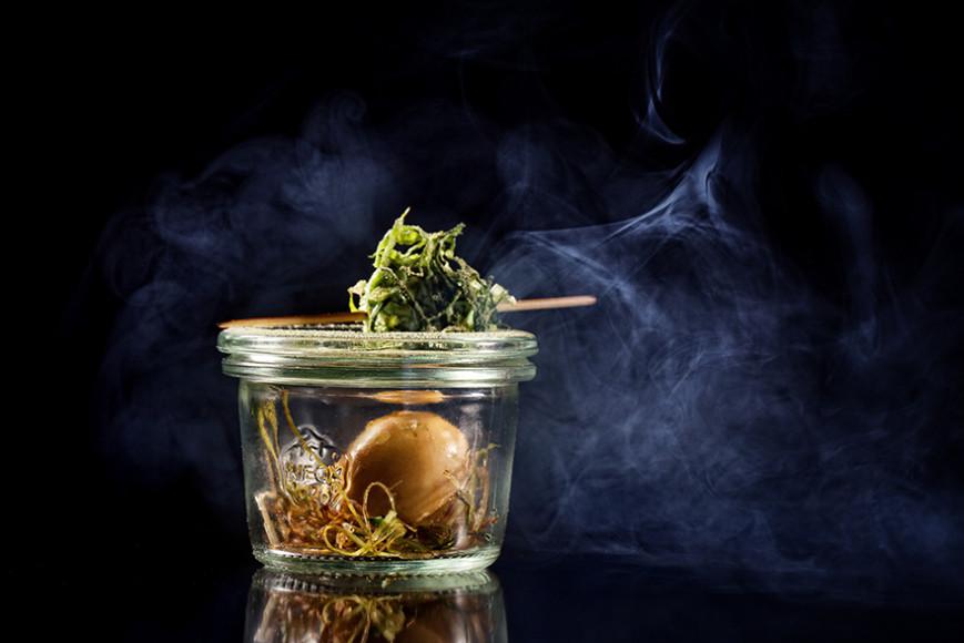 «На сене. С дымом»