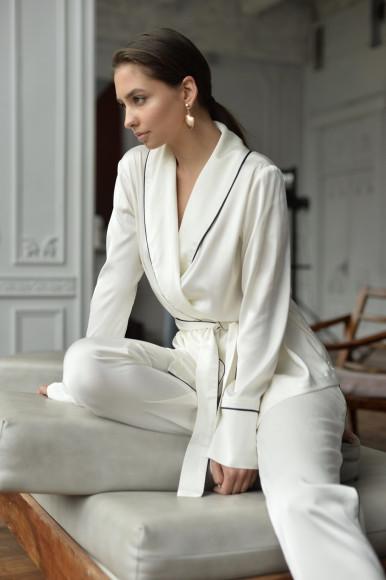 Пижама из полиэстера Kotoisa, 6000 руб.