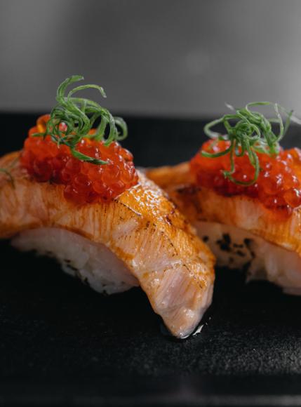 Суши с лососем (Shiba)