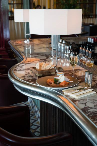 Обновленный интерьер The Century bar
