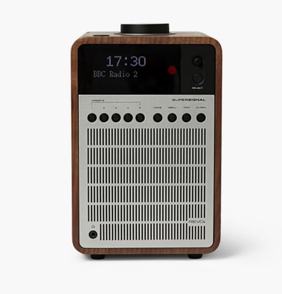 Радио REVO (MR PORTER), 21 774 руб.