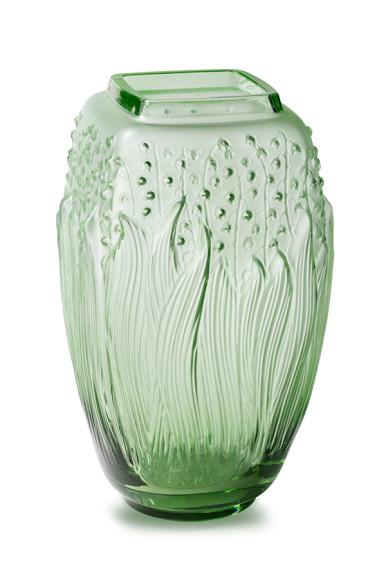 Ваза «Ландыши», хрусталь, 29см, от 364 500 руб., Lalique