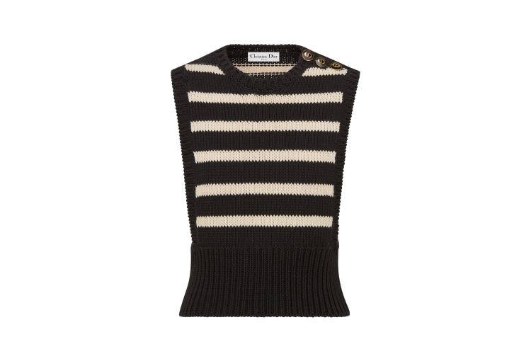 Женский жилет Dior, 120 000 руб. (ЦУМ)