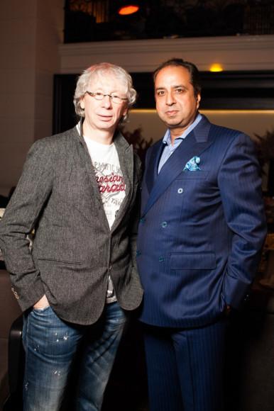 Аркадий Укупник (композитор), Джонни Манглани (основатель сети бутиков мужской одежды Uomo Collezioni)