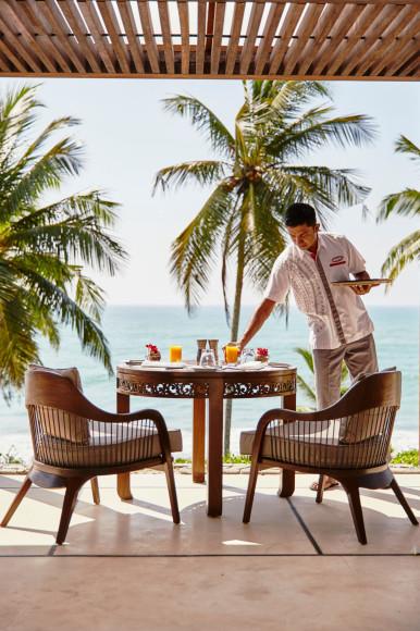 Завтрак на открытом воздухе(ANI Private Resorts Sri Lanka)