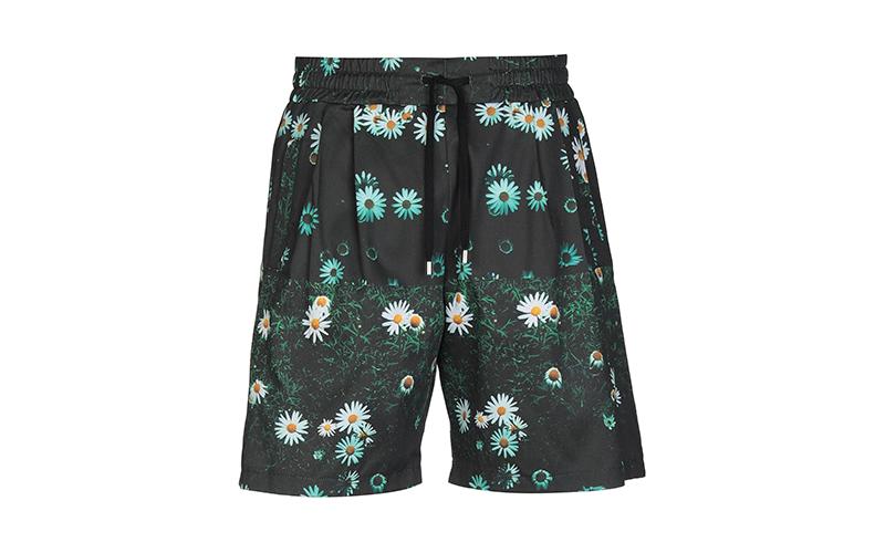 Мужские шорты Clothsurgeon, 19 560 руб. (yoox.com)