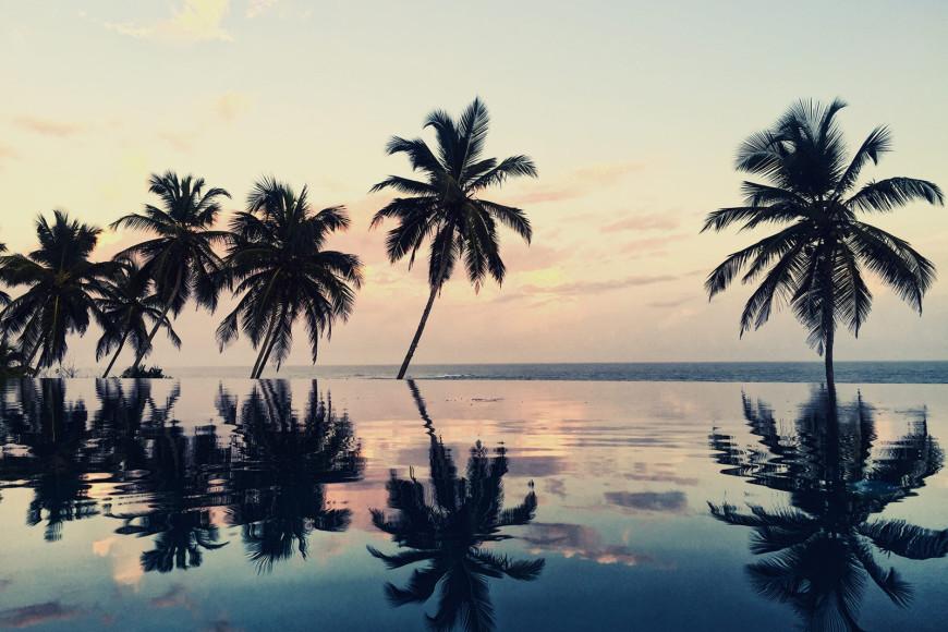 Бассейн на закате (ANI Private Resorts Sri Lanka)