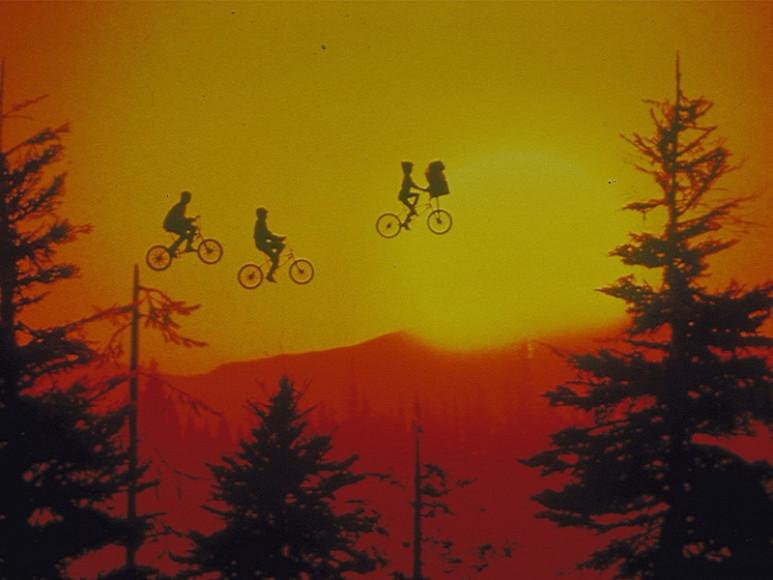 Кадр из фильма«Инопланетянин»