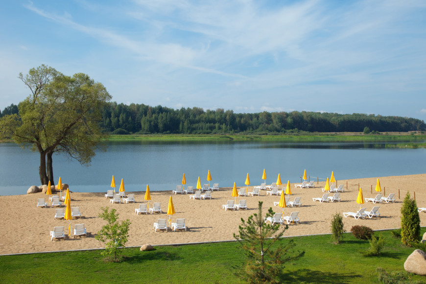 Частный пляж Radisson Resort & Residences, Zavidovo