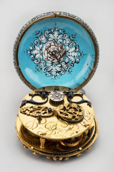 Часы с гризайльными орнаментами Франция, середина XVII в.