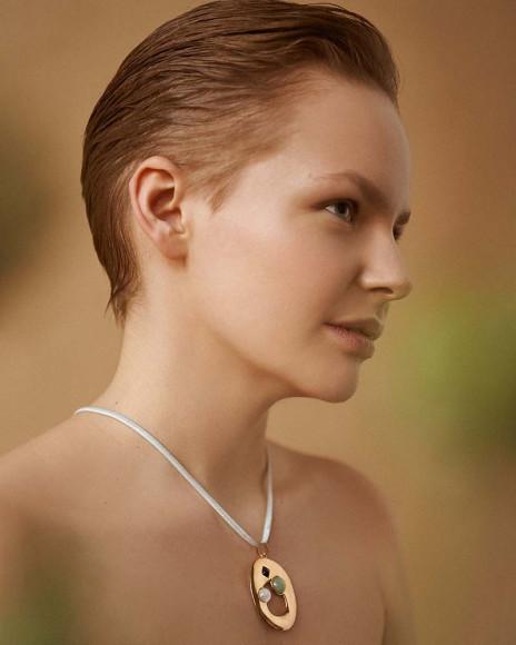Таня Пеникер в рекламной кампании весенней коллекции ÅPĒIRÔN