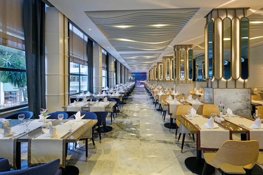 Ресторанв отеле Limak Atlantis Deluxe Hotel & Resort (Limak Atlantis)