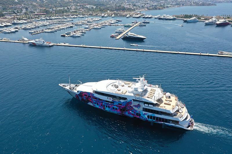Яхта Saluzi