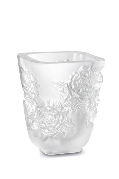 Ваза для цветов «Пионы» прозрачная, 88 300 руб., Lalique