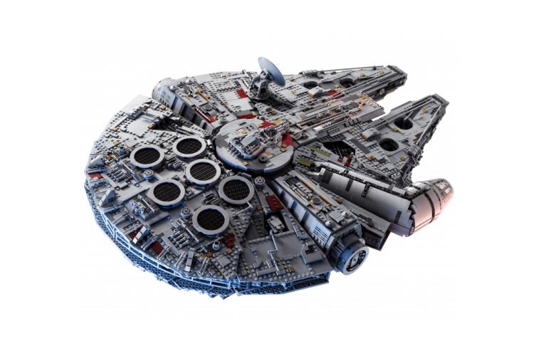 Набор Lego с «Соколом тысячелетия»
