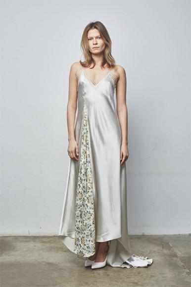 Платье WOS, 24 000 руб. с учетом скидки (wosbrand.co)