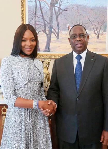 В жакете и платье Azzedine Alaïa с президентом Сенегала Маки Саллом, 2019 год