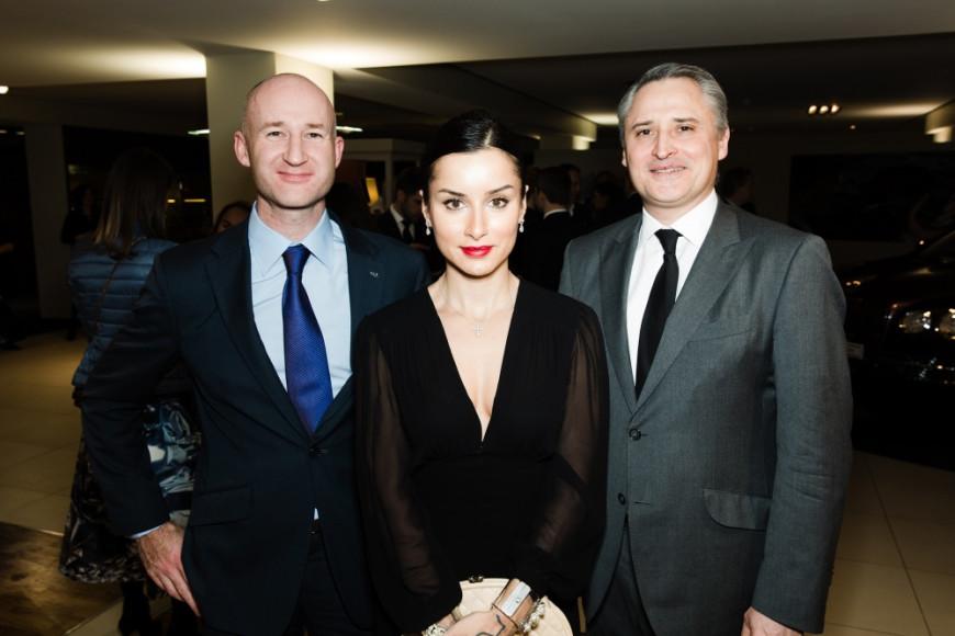 Ричард Леопольд (глава Bentley в России), Тина Канделаки (cовладелица медиа-компании «Апостол»), Жан-Кристоф Каттин (генеральный директор Vertu Russia)
