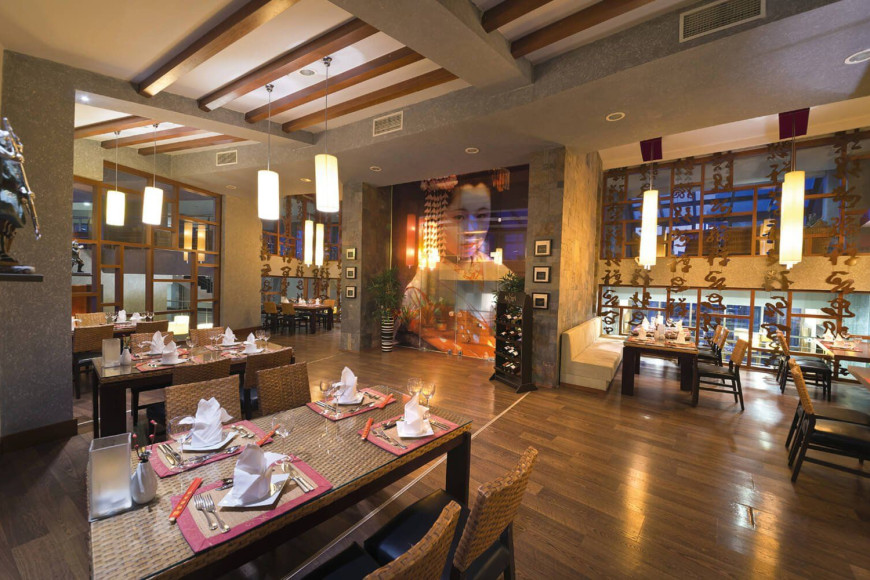 Ресторан «Sushi & Thai» в отеле Limak Lara Deluxe Hotel & Resort (Limak Lara)
