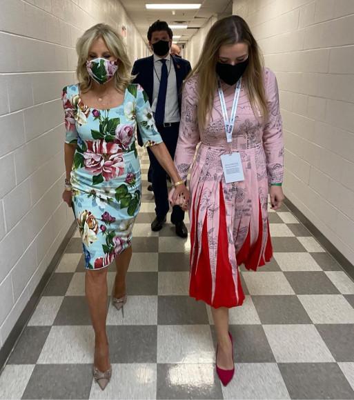В Dolce & Gabbana перед вторыми дебатами Дональда Трампа и Джо Байдена, 2020 год