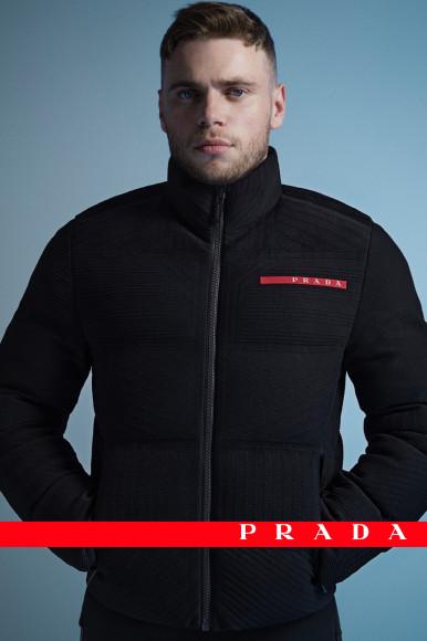 Гас Кенуорти в рекламной кампании Prada Linea Rossa