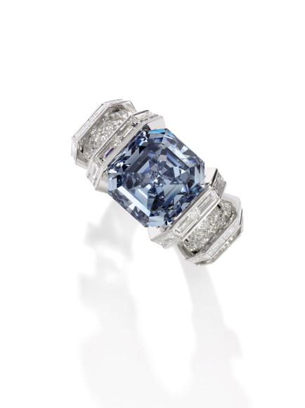 Бриллиант The Sky Blue Diamond в оправе Cartier