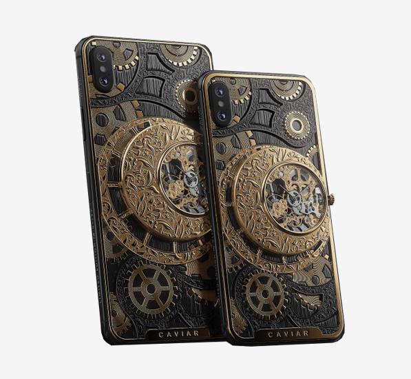 Смартфон iPhone XS с открытым механизмом Caviar Grand Complications Skeleton, 454 000 руб.
