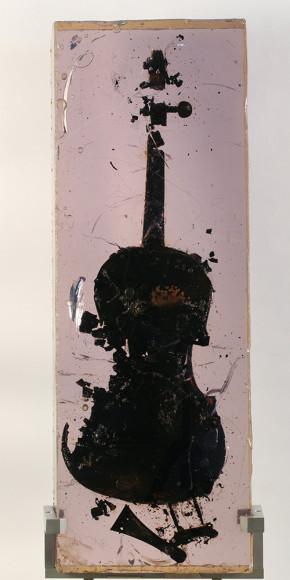 Фернан Арман. «Сожженная скрипка», 1966