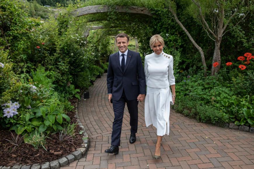 Брижит Макрон на приеме в ботаническом саду Корнуолла в рамках саммита G7, 11 июня