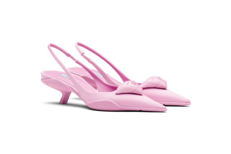 Туфли Prada, 70 000 руб. (Prada)