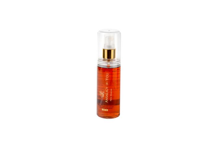Масло-спрей для загара SPF 5, Ansaligy обогащено маслом эклипты и зверобоя. Средство блокирует вредное воздействие УФ-лучей на клетки кожи, позволяя загару ложиться как можно ровнее