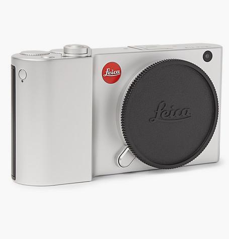 Камера Leica (MR PORTER),119 507 руб.