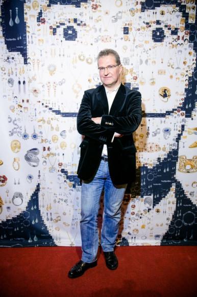 Пьер Броше, издательский дом «Авангард»