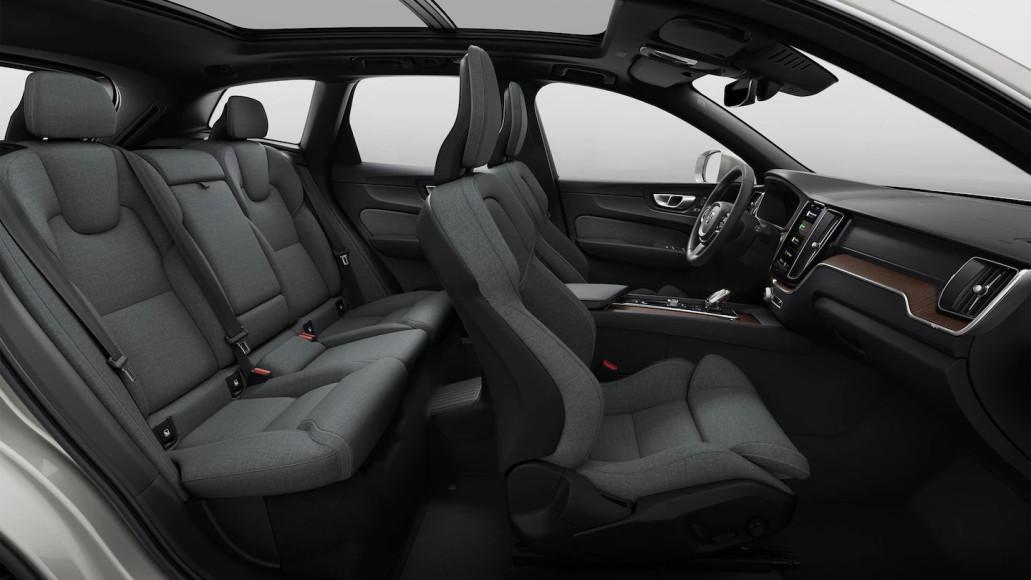 Салон кроссовера XC60 Recharge, Volvo
